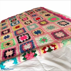 GRANNY SQUARES Handmade Blanket  with Pink Trim
